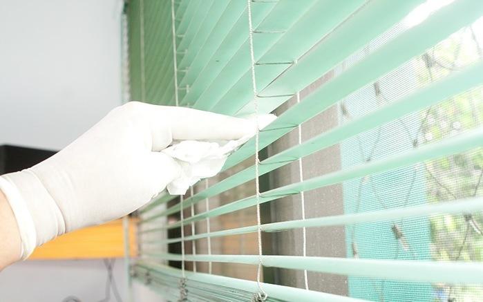 Чистка вертикальные жалюзи в домашних условиях